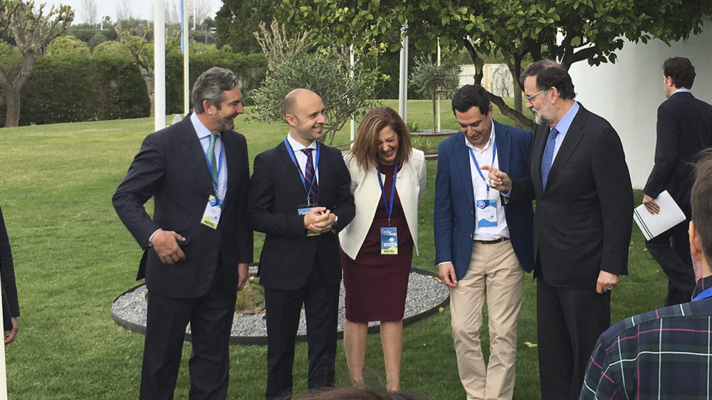 [:es] Rajoy planta una encina en el 'Jardín de los Eventos' 4 [:en] Rajoy in our 'Garden of Events', on the occasion of PP Convention 4 [:]