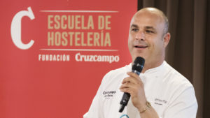 [:es] El 'Chef del Mar' da una clase magistral en Barceló Sevilla Renacimiento 4 [:en] Masterclass with the 'Sea Chef' at Barceló Sevilla Renacimiento 4 [:]